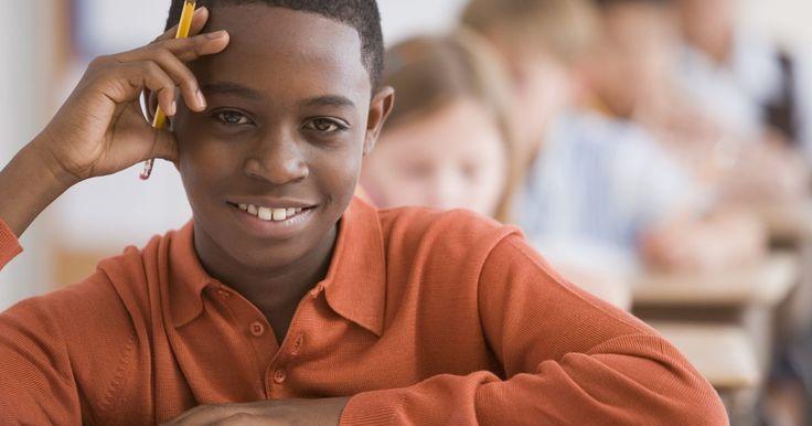 Planes de lectura para una lección sobre causa y efecto para quinto grado. Los estudiantes deben entender los mecanismos de causa y efecto para comprender completamente lo que están leyendo. Para llegar a adquirir esta habilidad, los estudiantes deben identificar las causas de un evento específico y utilizar una serie de eventos para predecir una causa probable en el futuro de la historia. Los estudiantes que entienden ...