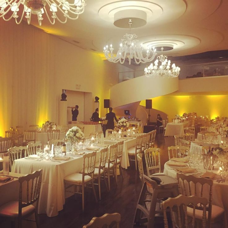 Tonight's venue @loft_hotel_mtl beautifully done by @events.by.melina and @atelierfloramtl for @gianman13 and @vmaggio2 wedding. June 11 2016. #gianvan2016