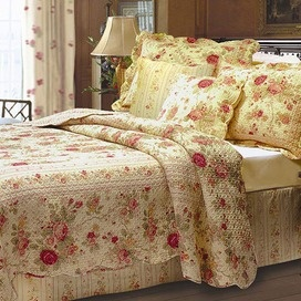 5 Piece Rose Quilt Set: Bedding, Antique Roses, Rose Quilt, Shabby Chic, Quilts, Bedroom, Antiques, Quilt Sets