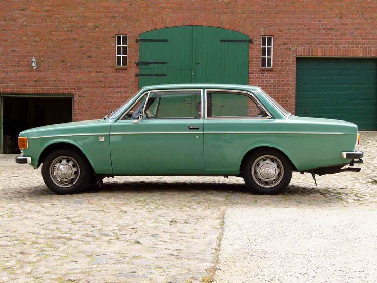 Volvo 142 DE LUXE Model Year 1973