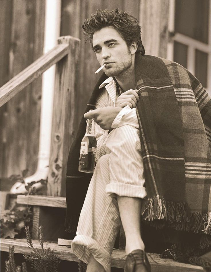 so damn sexy. even with a nasty cigarette.: Vanities Fair, Vanity Fair, Robert Pattinson, Eyes Candy, Men'S, Rob Pattinson, Beauty People, Crafts Beer, Handsome Man