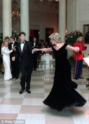 Princess Diana dancing with John Travolta at a White House ball in 1985. Amazing!