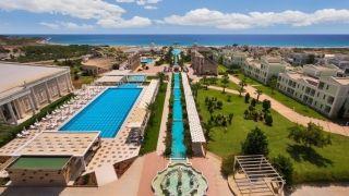 Northern Cyprus - Kıbrıs Otelleri ile sonbaharda da tatilin tadını çıkarın.