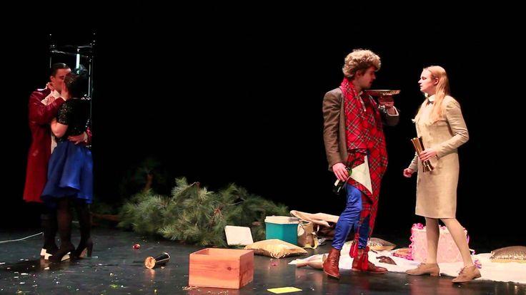 LIEBELEI (Trailer) Rheinisches Landestheater Neuss   Filmproduktion Siegersbusch Wuppertal 2012 Christine glaubt an die große Liebe. Sie meint es ganz und gar ernst mit Fritz. Der allerdings sieht die Dinge lockerer. Er hat eine Affäre mit einer verheirateten Frau. Um ihn von dieser hochgefährlichen Liaison abzulenken hat sein Freund Theodor zum stimmungsvollen Abendessen mit Christine und ihrer leichtlebigen Freundin Mizi geladen. Währenddessen taucht jedoch der betrogene Ehemann auf und…