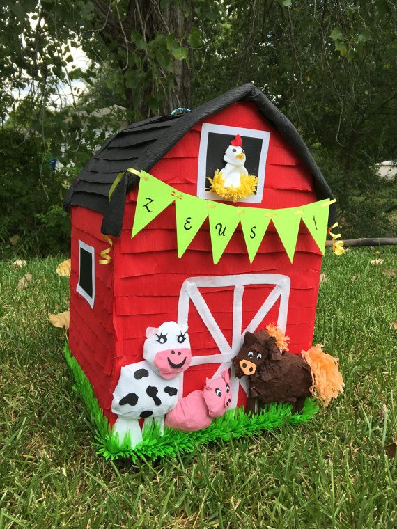 Farm pinata pinatas birthday pinata barn por Divaboutiquestudio