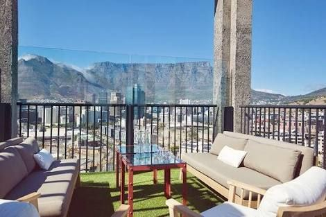 Silo rooftop bar Cape Town