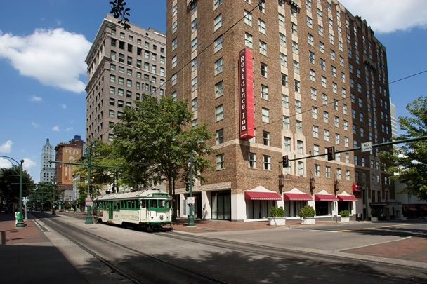 Best 25 memphis hotels ideas on pinterest peabody for Motels near graceland memphis tn