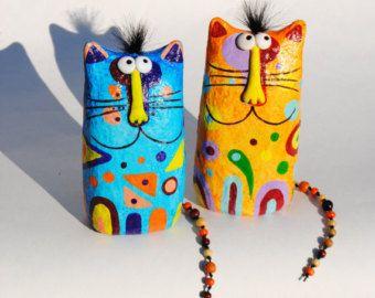 Estatuilla de gato estatuilla de gato de papel maché por Nickcrafts