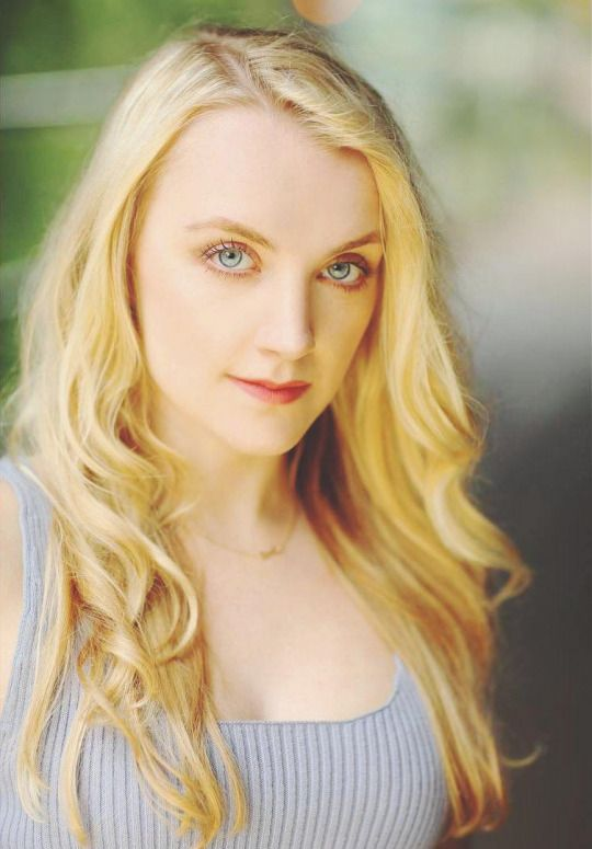 Evanna lynch stockings — img 11