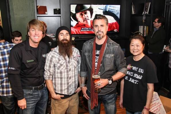 fast n 39 loud cast members dennis collins aaron kaufman. Black Bedroom Furniture Sets. Home Design Ideas
