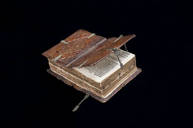 This 16th Century Book Can Be Read Six Different Ways history books