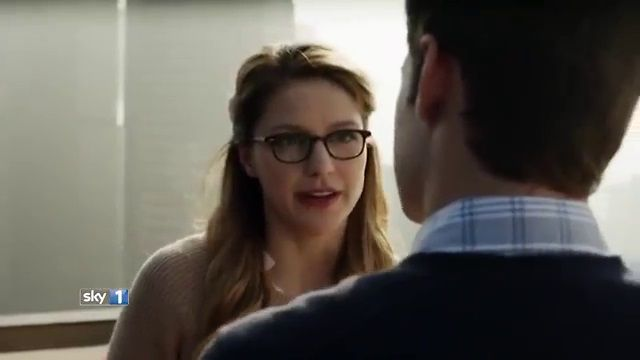 Visit nameofthesong for the music of: Supergirl (2015) - Season 1 UK TV Spot (Sky 1)