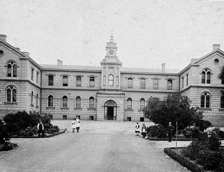 Bendigo Hospital,Bendigo,Victoria in the 1860s.A♥W