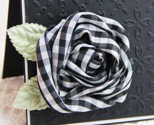 Black and white gingham rose!