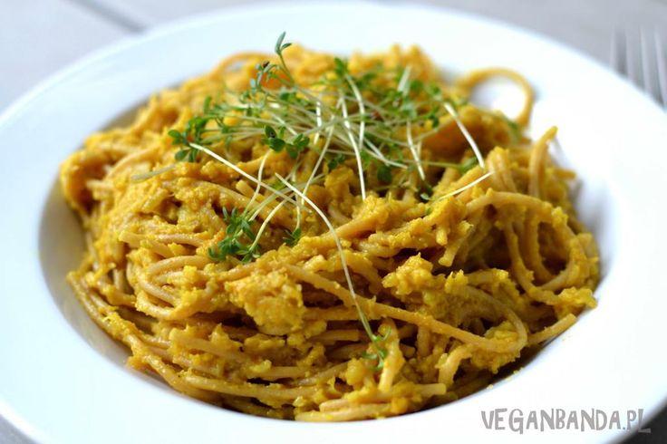 Spaghetti z kalafiorowym sosem curry