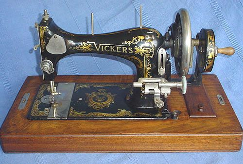 Items similar to Vickers Modele de Luxe Vintage Sewing