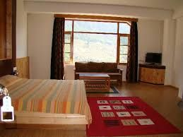 Deluxe Hotels in Manali, Manali Deluxe Hotels, Deluxe Manali Hotel Packages and Deluxe honeymoon Hotels in Manali Find Best Rates Here Call Now @9871582024.