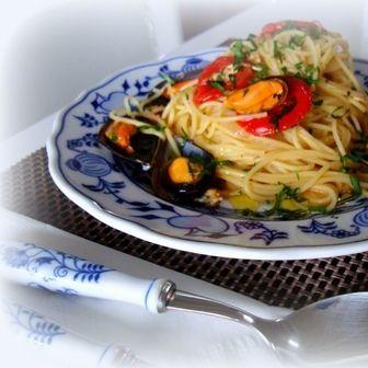 Spaghetti con cozze alla marinara