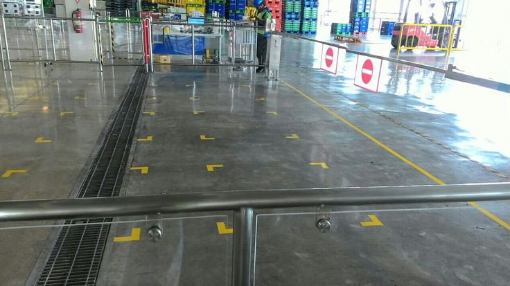 Car Manufacturing Toyota Krawang Indonesia | Teknoklinz Indonesia Polished Concrete Expert
