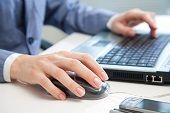 #AssuranceVie: plus de 40% des assurés gèrent leur contrat en ligne. Les bons plans #assurances et #contrat en ligne.  #Blog du #comparateur malin #CompareDabord http://www.comparedabord.com/blog/banques-assurances/assurance-vie-plus-de-quarante-pourcent-des-assures-gerent-leur-contrat-en-ligne