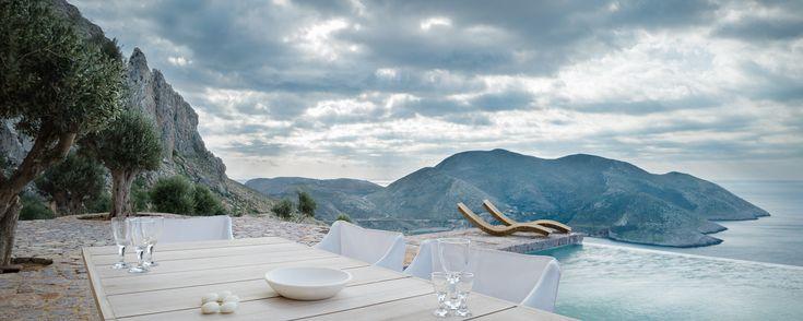 Tainaron Blue Retreat,© George Meitner