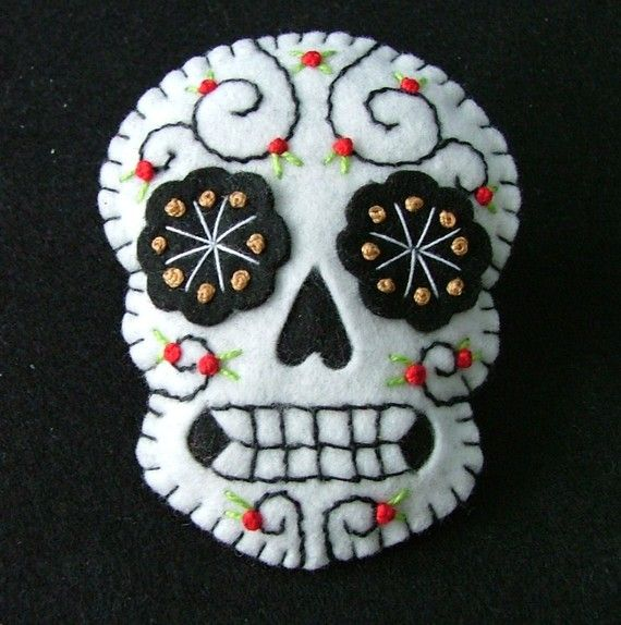 Dia de los Mueartos - http://bellememorie.files.wordpress.com/2011/04/il_570xn-206109535.jpg