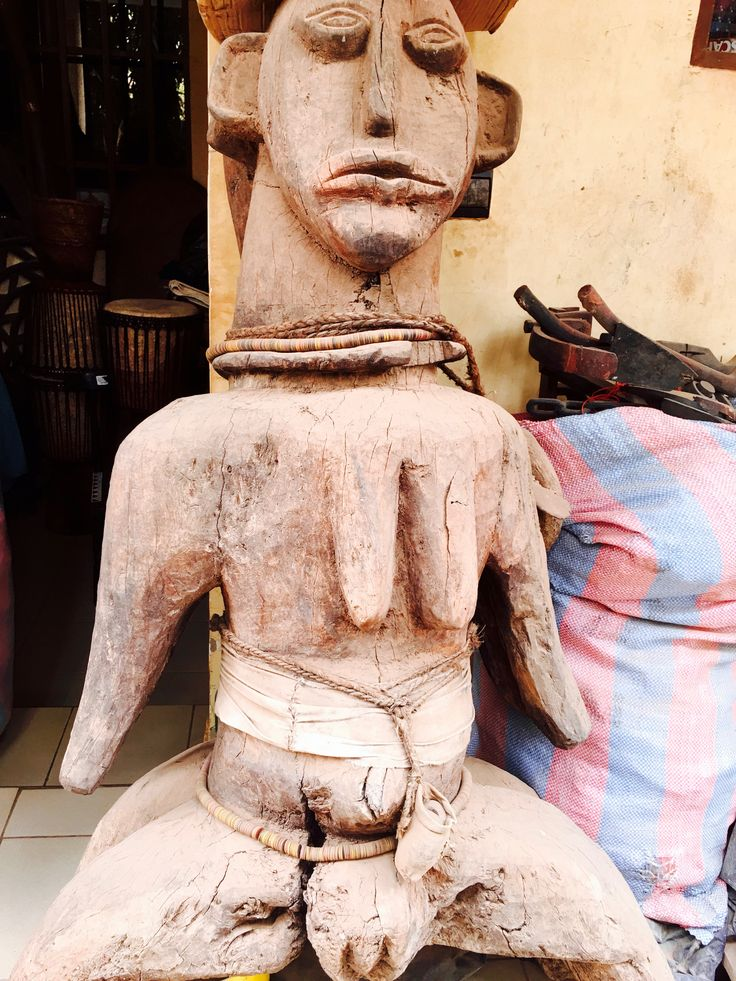 Handmade, authentic timber sculpture from West Africa.