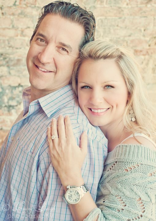 Engagement photos #portraits #photography #photographer #poses #ideas #couples #pictures #session #images