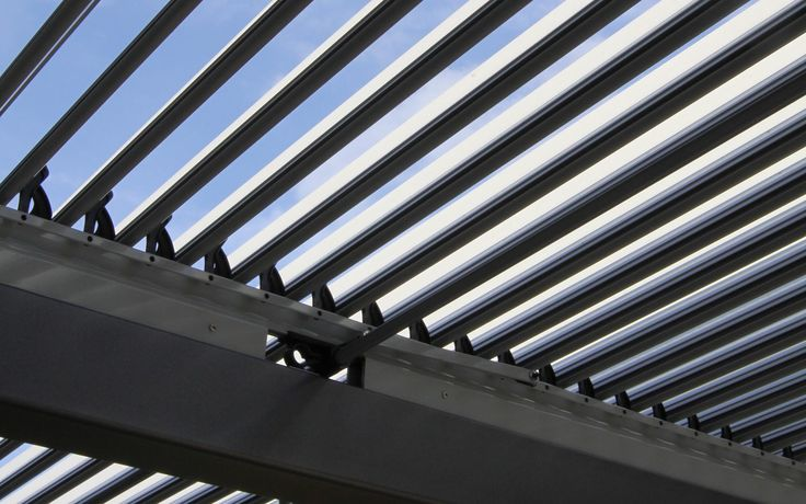 střešní lamelový systém na pergole / lamella roof system on the pergola