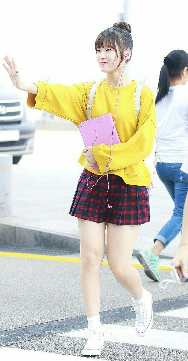 Arin - Oh_My_Girl_maknae + Choi_Ye_Won
