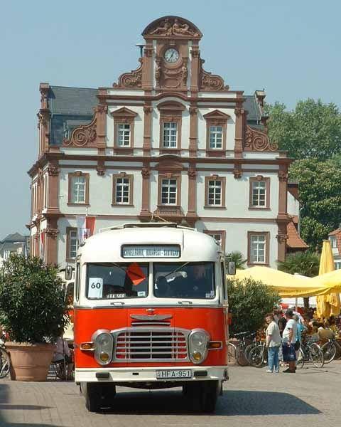 vintage bus ikarus | Ikarus Bus - Auto Blitz Through: Ikarus Bus