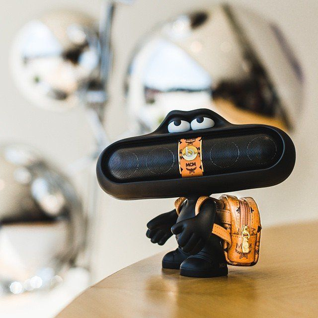 WellDoneStuff ♦dAǸ†㉫♦ Beats x MCM Pill Dude Speaker Set - $400