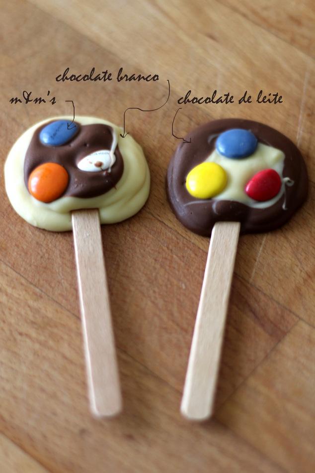 Clavel's Cook: Chupa-chupas de chocolate e m's