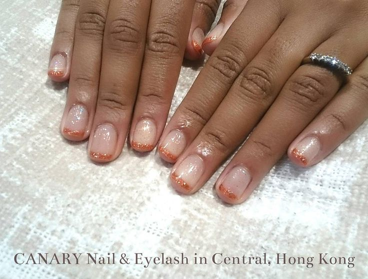 Shiny french♪︎♪︎ #canarycentral #canarynail #simplenails #sparkly #shiny #manicure #centralhongkong