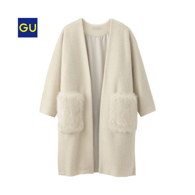 フェイクファーのポケットがデザインポイント!もはや定番のガウンコートが今年らしい雰囲気に。厚みを抑えた軽く羽織れる素材感&インナーを選ばず着れるゆったりめのシルエットです。(当商品はオンラインストア・北海道店舗で9/25より先行販売しておりました。)