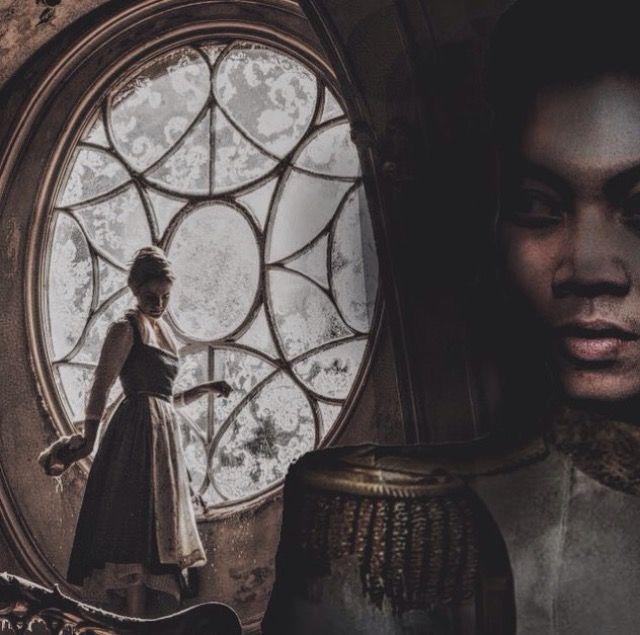 Setelah sekian lama mencari, akhirnya sang Pangeran menemukan Ella si gadis abu di salah satu rumah di desa terpencil ,pangeran pun langsung mengajaknya ke Istana dan akhirnya Ella dipersunting menjadi pemaisurinya 💏💖
