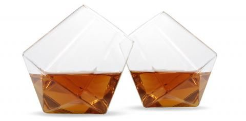 Whisky & Bourbon, a World Tour of the Amber Flavours  http://magazine.bellesdemeures.com/node/20697