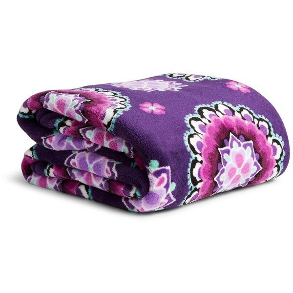 Vera Bradley Throw Blanket ($49) ❤ liked on Polyvore featuring home, bed & bath, bedding, blankets, lilac medallion, oversized throw, lavender bedding, lilac throw, vera bradley bedding and medallion bedding