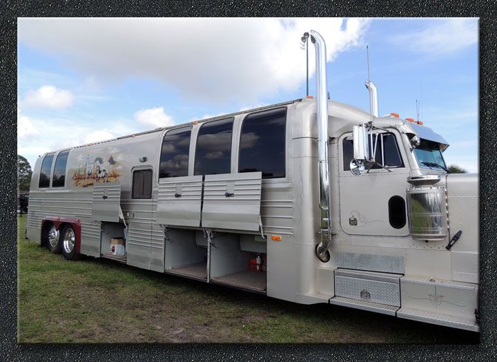 290 best images about rv on pinterest campers motor for Peterbilt motor coach for sale