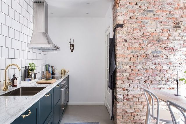 Kitchen Finishes Brick, Polished Cement, Marble, Tile and Wood 3
