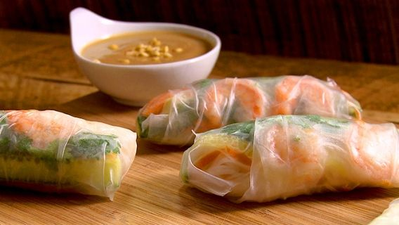Spring rolls  Rouleau de printemps - Recettes de cuisine, trucs et conseils - Canal Vie