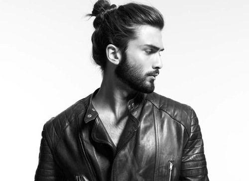 Afbeeldingsresultaat voor mannen met lang haar