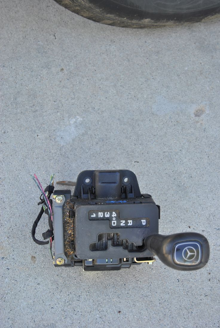 1997-2002 MERCEDES ML320 ML430 Automatic Shifter Assembly A2022670137 OEM