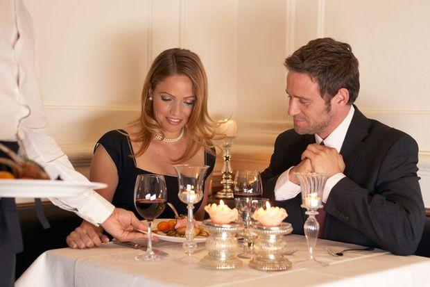 17 reglas de conducta en la mesa