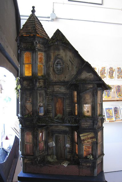 "Excellent Haunted Dollhouse! ""Spooky"" by unsure shot, via Flickr (jt-click and expand to get a closer view of the detailed exterior)"