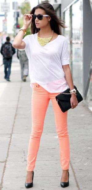 peachy skinny jeans: recreate this with Creamsicle Cropped Bree and any of CAbi's white blouses ....the Eliza, Front and Center, Scoop Tee.....