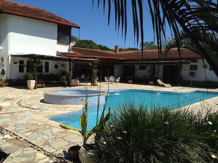 Ganhe uma noite no casa de campo com praia e cachoeira - Casas para Alugar em Cananéia no Airbnb!