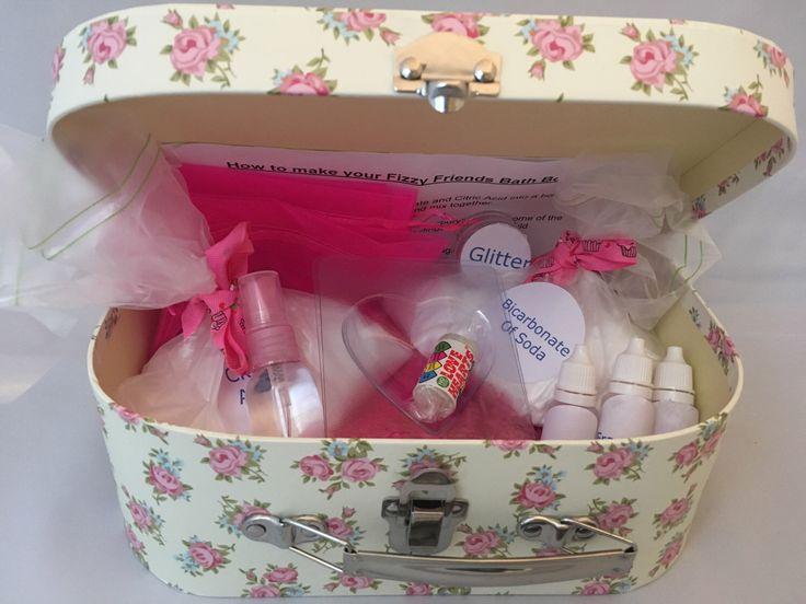 Bath Bomb Kit, Pyjama Party Kit, Slumber Party Kit,Birthday Party Kit, Girls Gift, Ladies Gift, Make Your Own,Craft Kit, DIY bath bombs, UK by FizzyFriendsBathBomb on Etsy https://www.etsy.com/uk/listing/472224441/bath-bomb-kit-pyjama-party-kit-slumber