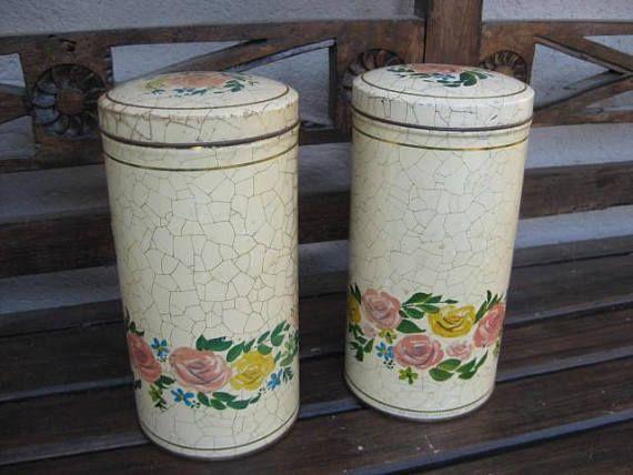 2 beau millésime inventaire néerlandaise recherche des usines Royal Verkade Zaandam. Crackle beige avec une bordure de roses roses et jaunes. Diamètre 11 cm 4 ¼ de pouce. Hauteur 22 cm 8 ½ po.