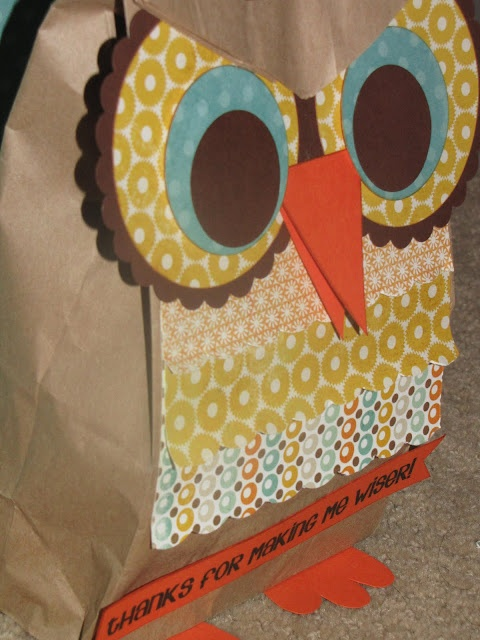 Owl gift bag made from brown lunch bags